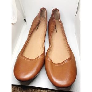 Mossimo 9.5 camel nude ballet flats